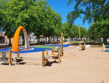 'Ny lekplats invigd' bild