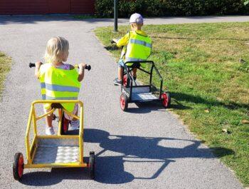 'Förtydligande av aktuella regler och förhållningssätt förskola/skola/fritids' bild
