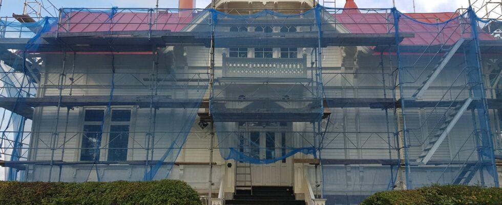 Hus med takkupa
